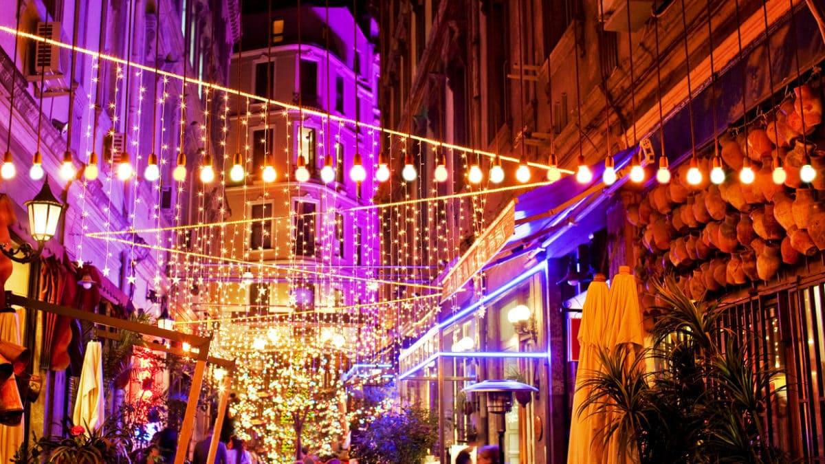 Waar kan ik uitgaan in Istanbul