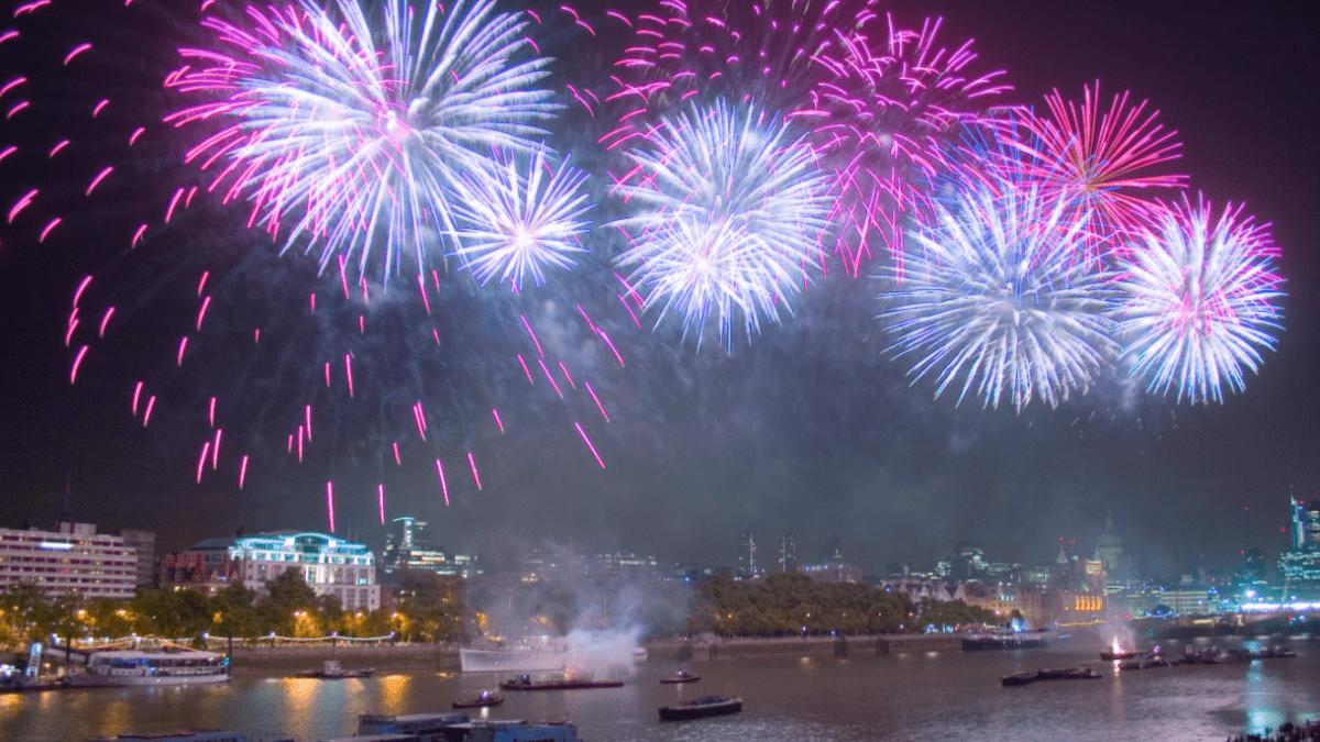 Nieuwjaar vieren over de grenzen, dat geeft zeker vuurwerk!