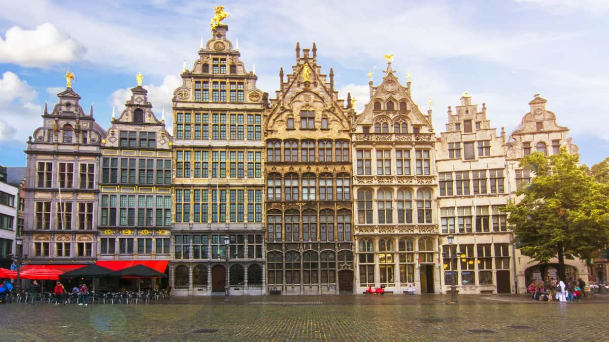Winkelen in shopwalhalla Antwerpen