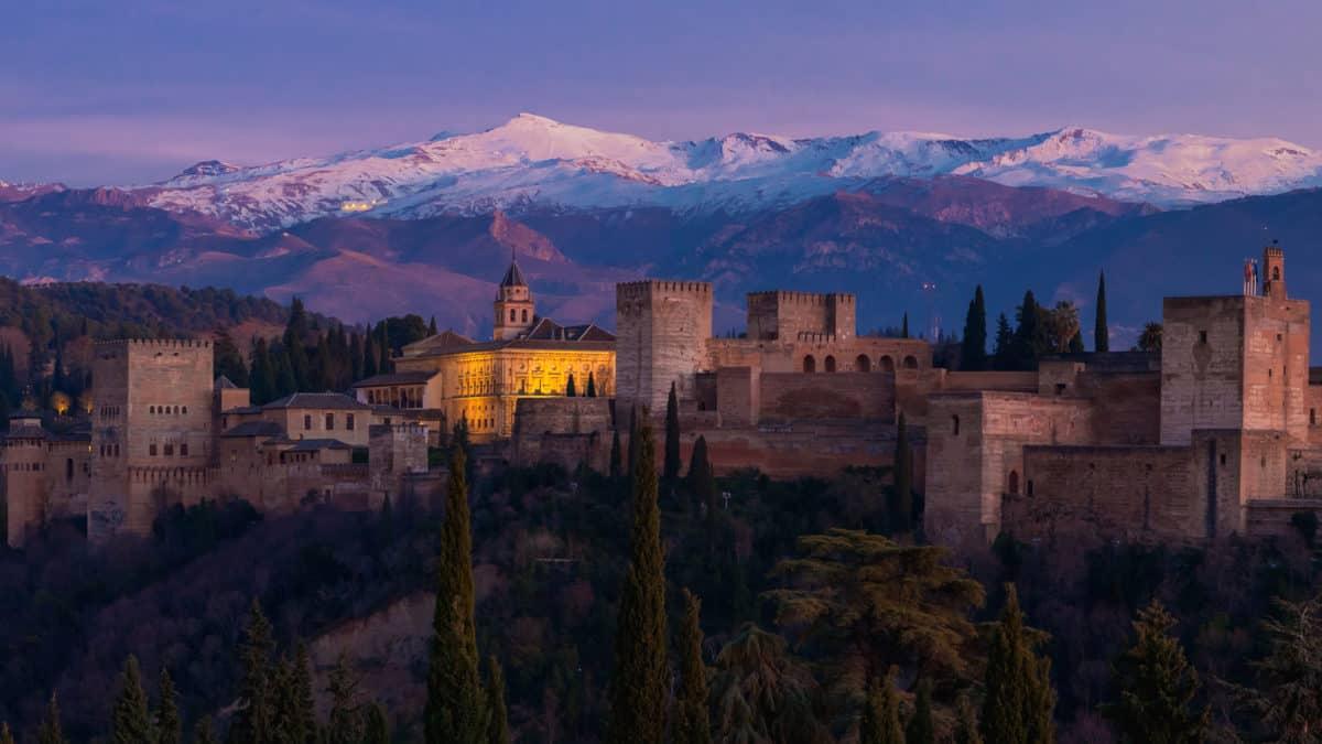 Mooie en historische bezienswaardigheden in Granada