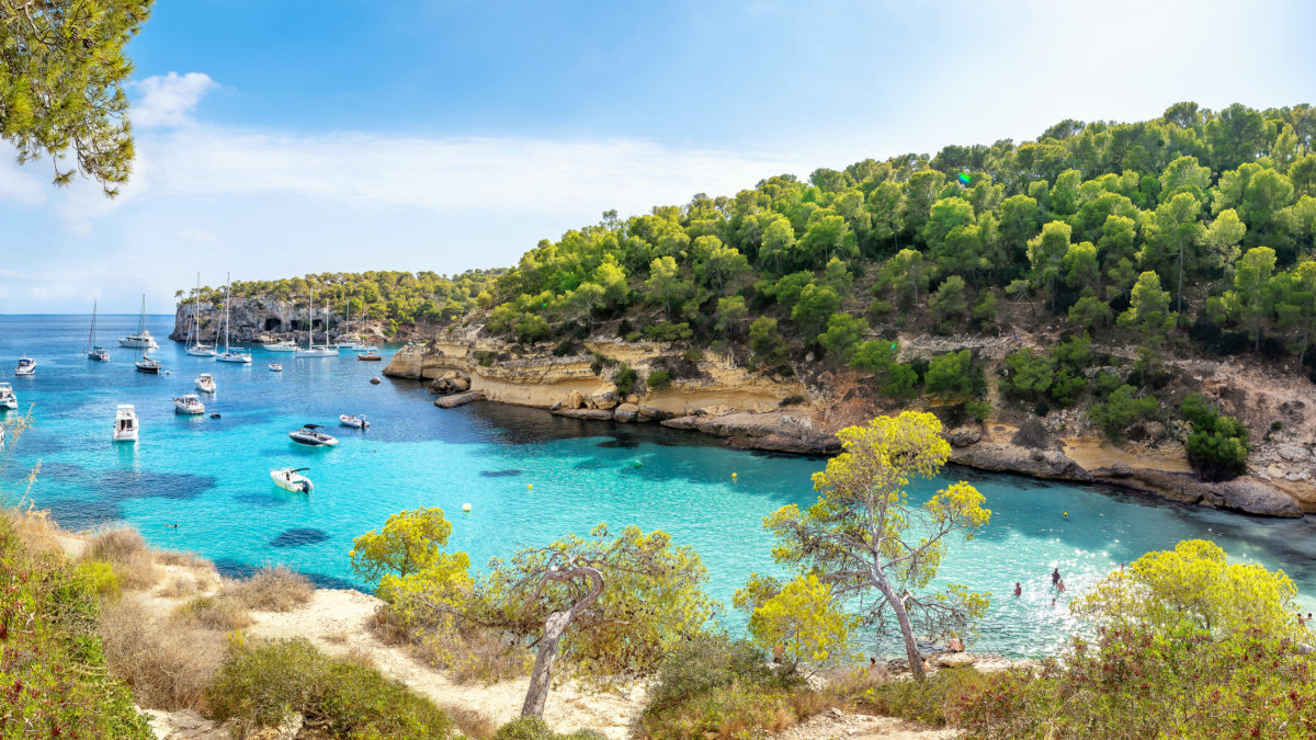 Is Palma de Mallorca alleen zee en strand?